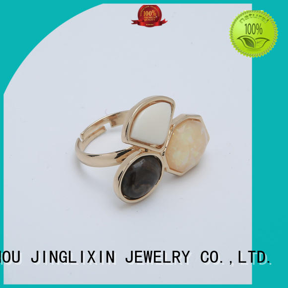 Latest fashion rings for business for present