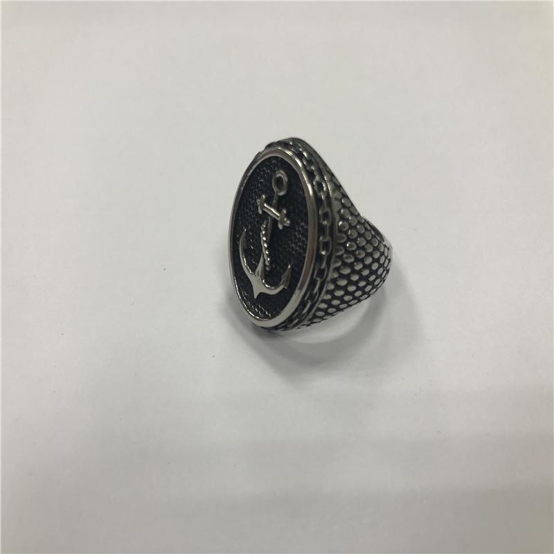Anchor punk ring