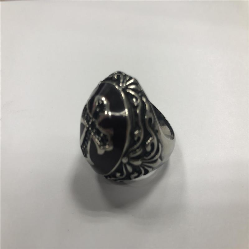 Sapphire cross Skull punk ring