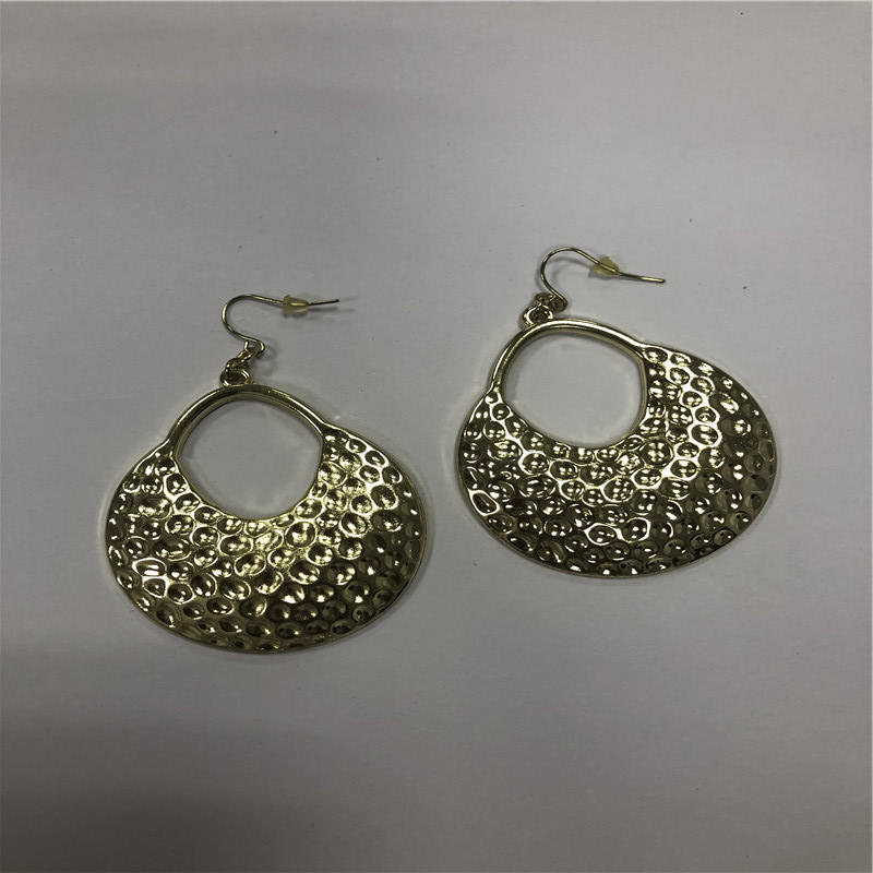 Oval butterfly earrings