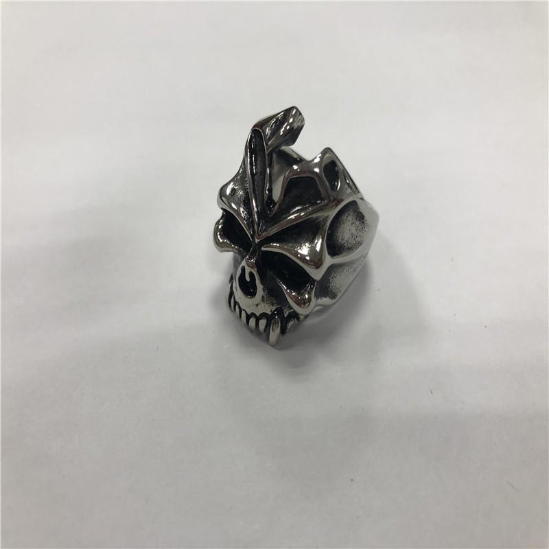 Halloween monster skull ring