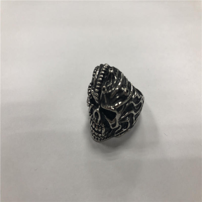 Retro hip hop skull ring