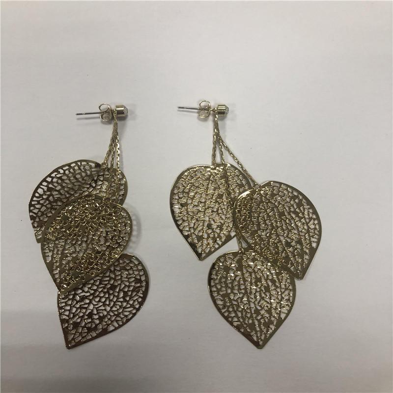 the leaf earrings