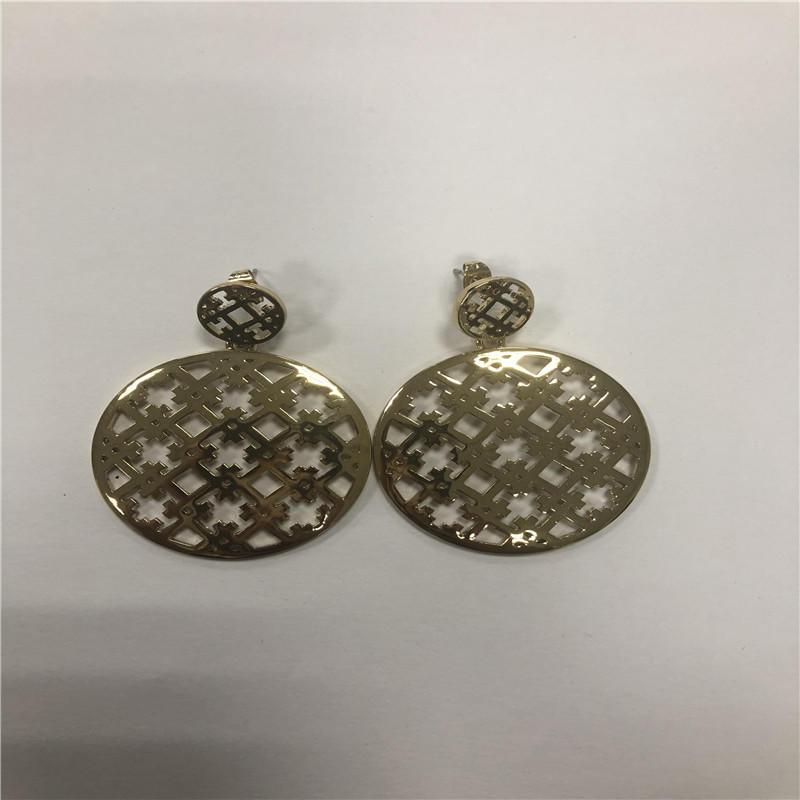 carve patterns earrings