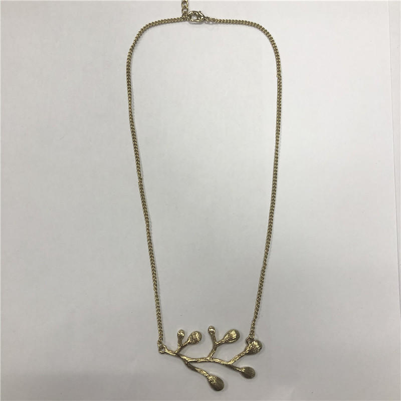 Golden water droplet leaf branch modelling is delicate short necklace
