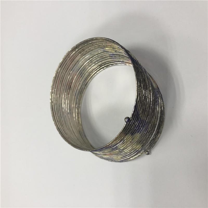 Polycyclic bracelet