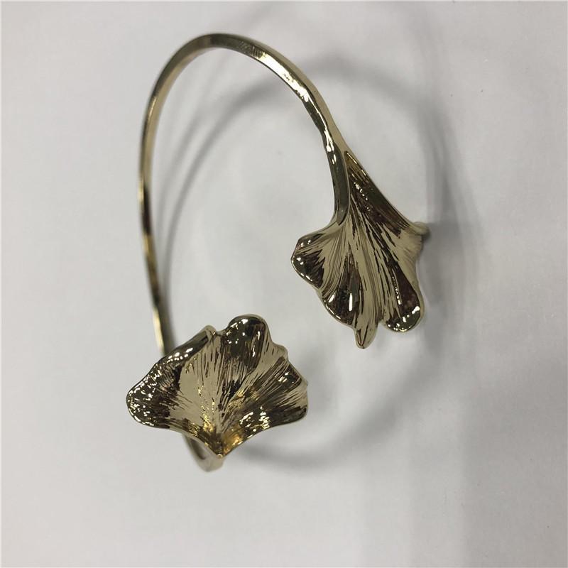 Tulip bracelet