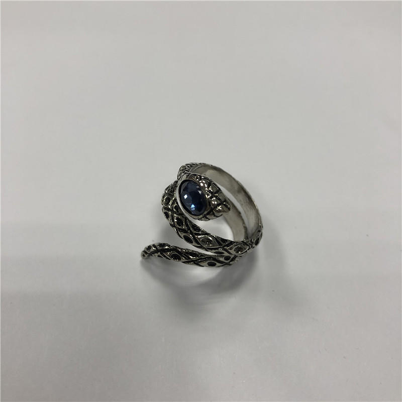 Animal stainless steel vintage ring