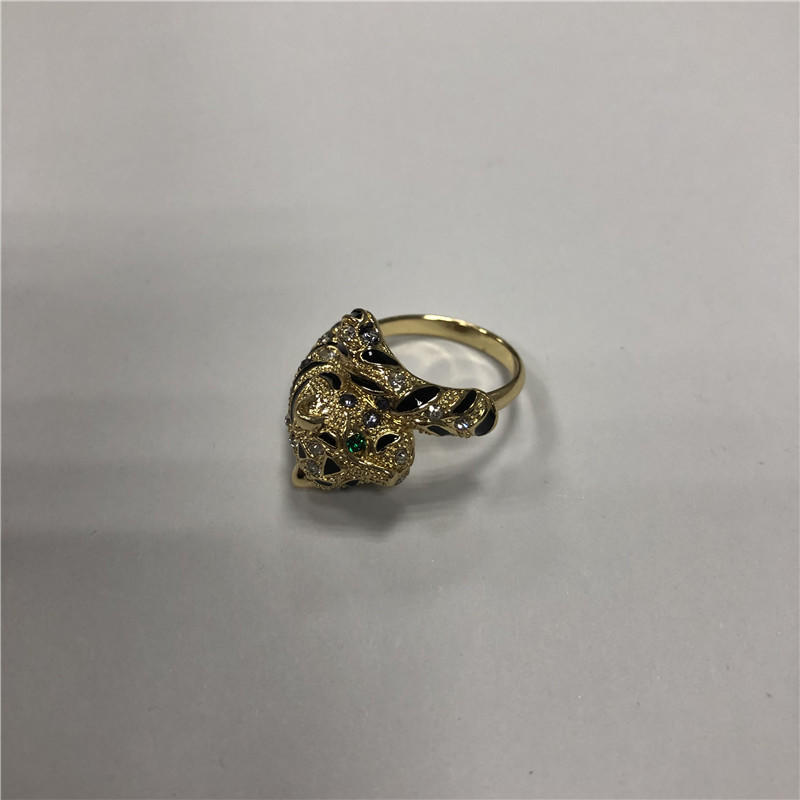 Creative leopard ring