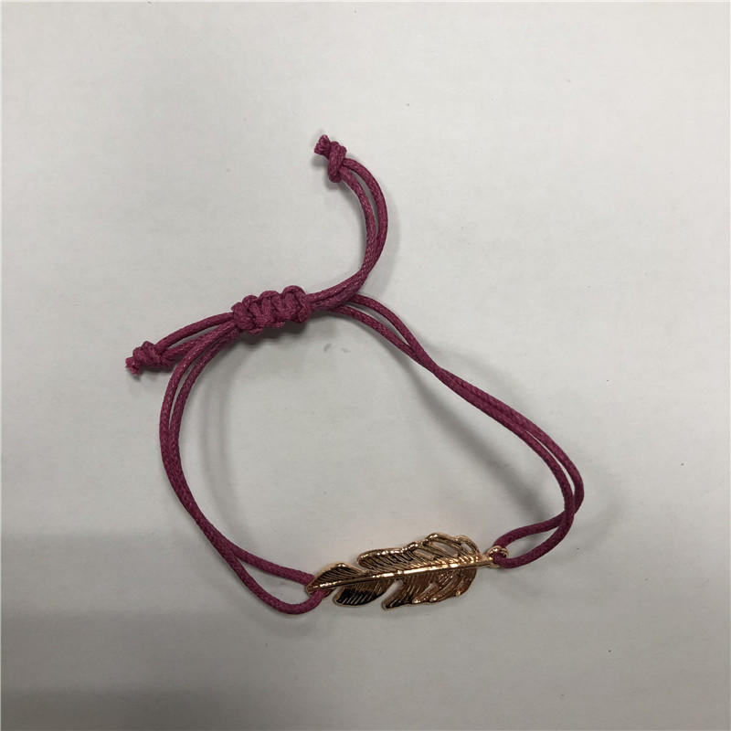 Red rope leaf accessories