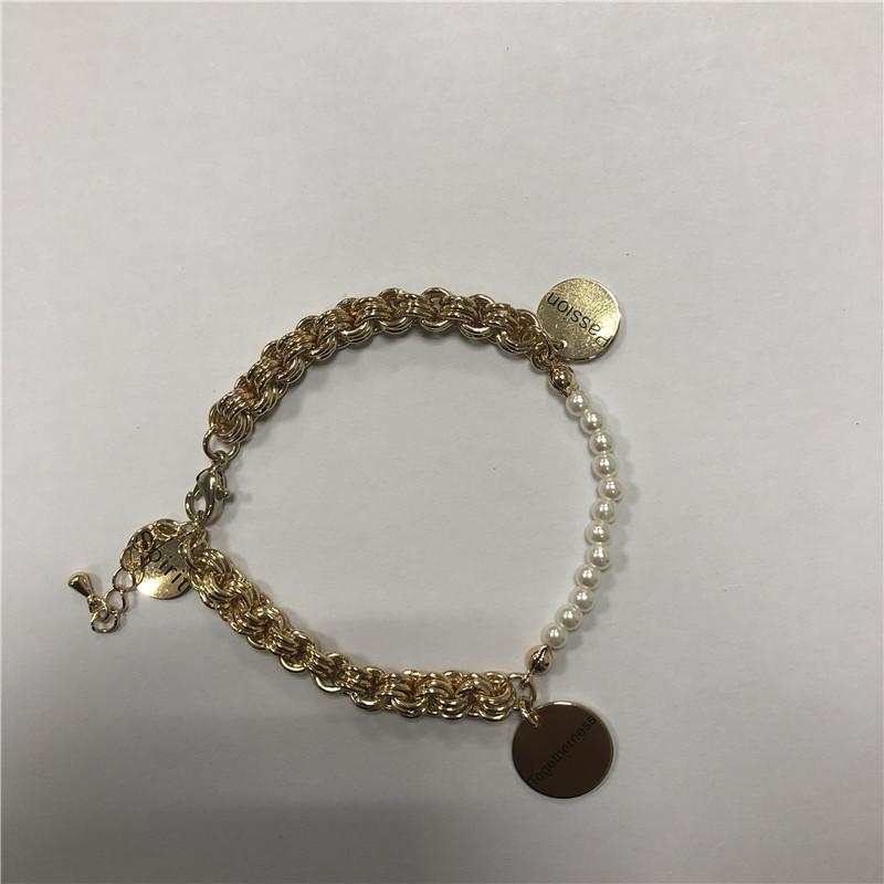 Coin pearl pendant