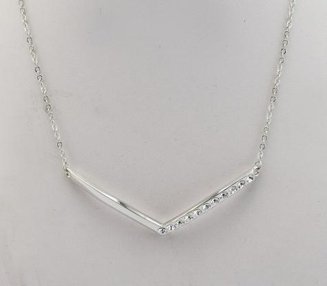 Zinc alloy V-shaped necklace