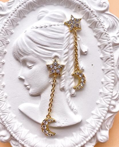 Five-pointed star earrings